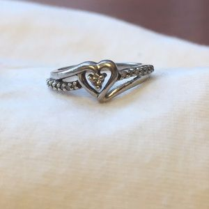 Diamond heart ring. Size 4.5 to 5. 💍